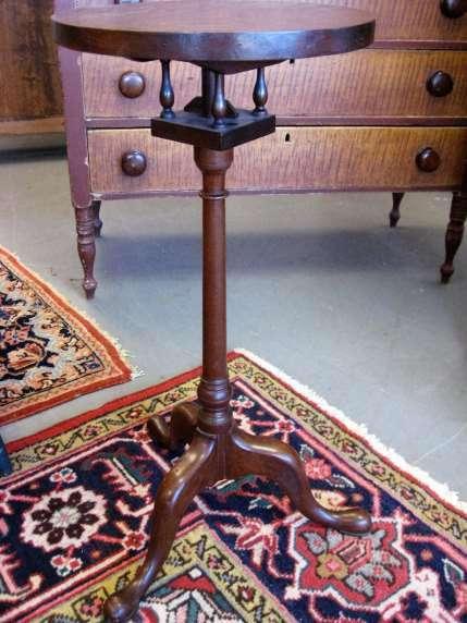 Queen Anne Candlestand